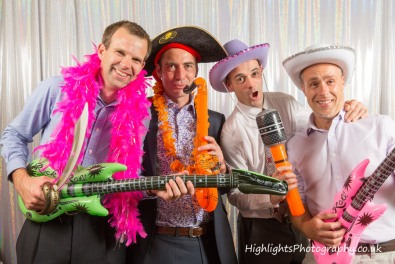 Fun Fun wedding-photo-booth