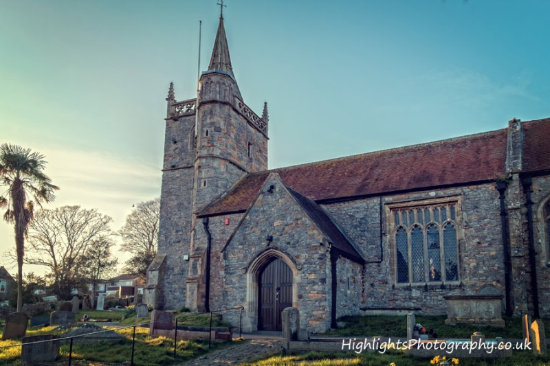 Photos of a North Somerset Wedding St Martins Church by Highlights Photography