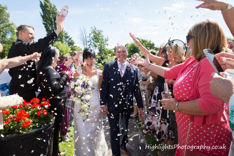 Rookery Manor Wedding Somerset - Confetti time